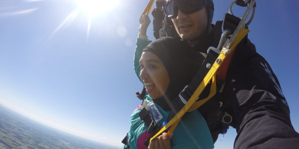 Skydiving in late fall near Milwaukee, Wisconsin is cold - when does skydiving season end?