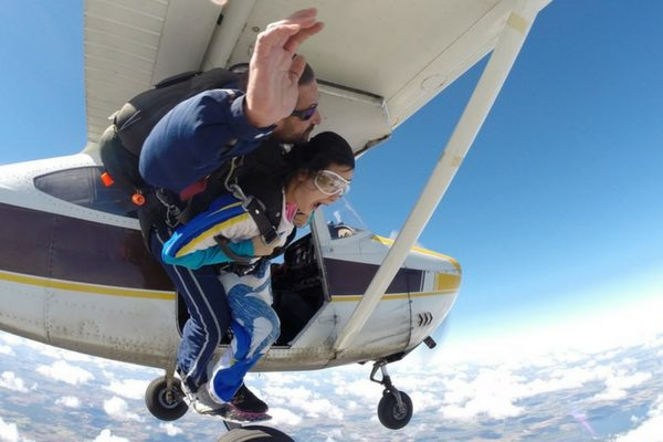 woman risks jumping from skydiving plane
