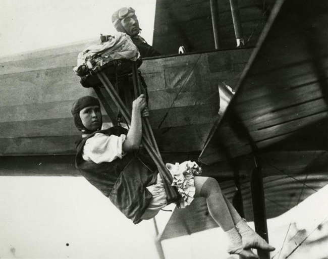 Skydiving Fun Fact: Tiny Broadwick was the first female skydiver.